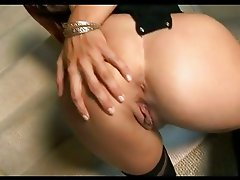 Lovely hot babe Jayden Cole rubbing her sweet snatch until she explodes