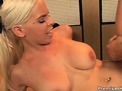 Blond secretary Tatum Pierce sucking off her boss in office