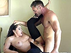 Sheena Ryder wants to be fucked hard