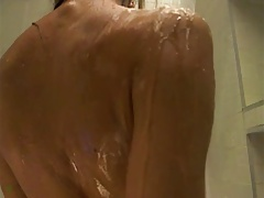 Hot girl in shower ... Ohh yeah !!