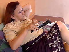 Chubby grandmas and latin matures solo masturbation