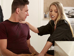 Hot couple Britney Amber and Brad Knight fucking in the kitchen