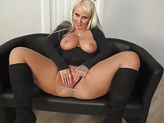 Solo Mature lady