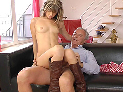 It's a perfect time to spend it with alluring babe having her asshole pricked