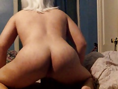 Blonde CD jerking off