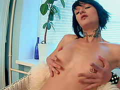 Nova Black is not that cute as her pussy is