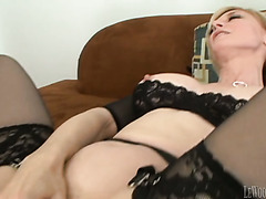 Kinky guy ass fucks well shaped mature blondie in mish style