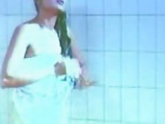 Classic indian bolly sex scene girl enjoyed and showering